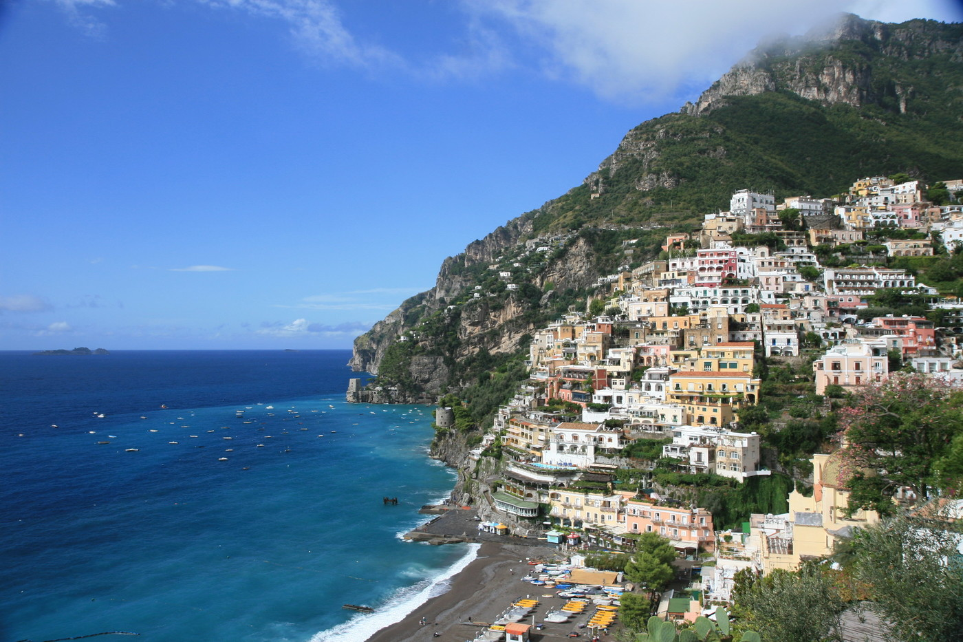 a dream vacation in the beautiful country of italy Motivation/ dream movie/ tv/ commercials music  travel/ vacation adventure time american the beautiful america the unusual.